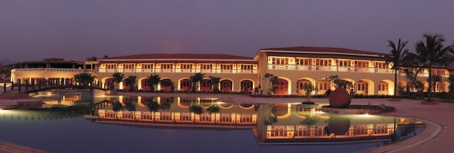 Отель The Lalit Golf & Spa Goa